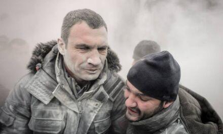 De la boxe à la politique: Qui est Vitali Klitschko?