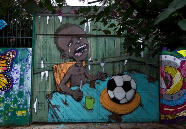 Street Art par Paulo Ito à Sao Paulo, photo Nelson Almeida/AFP