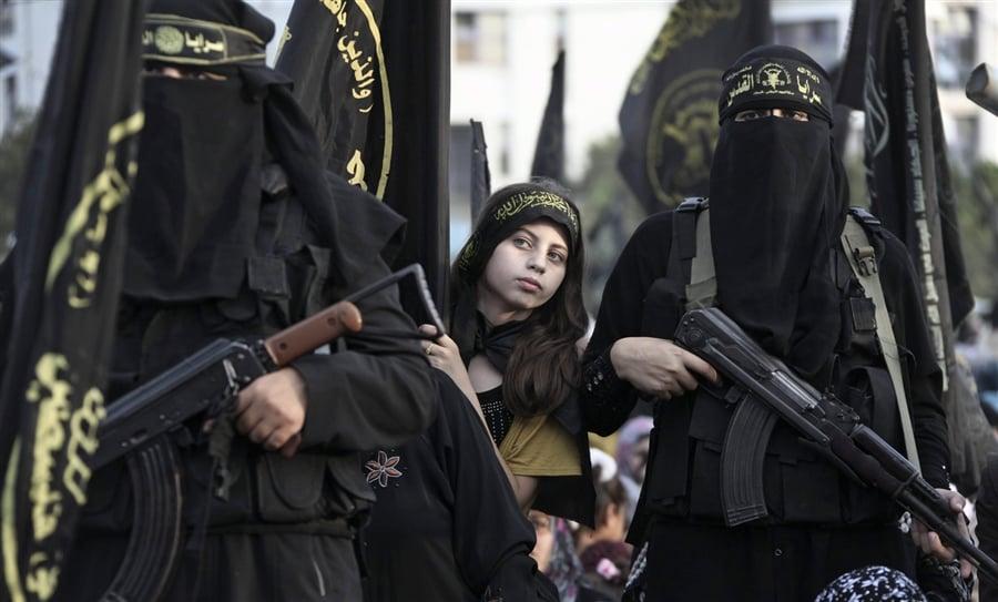 Pourquoi les femmes sont-elles si bénéfiques aux djihadistes ?