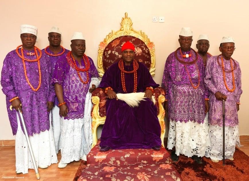 Sa Majesté Royale Lucky Ochuko Ararile, 'Ovie of Umiaghwa Abraka Kingdom'
