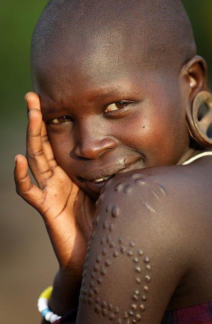 Une femme de la tribu Mursi en Ethiopie - © Flickr