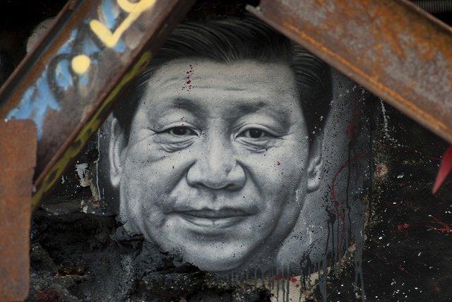 En Chine, les artistes sont envoyés à la campagne