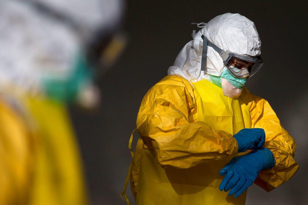 Ebola et expérimentation des vaccins : « Nous allons vivre une zone de turbulences »
