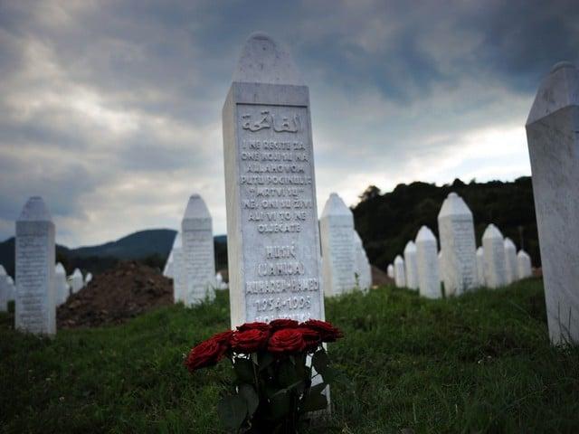 La Serbie fait face à Srebrenica