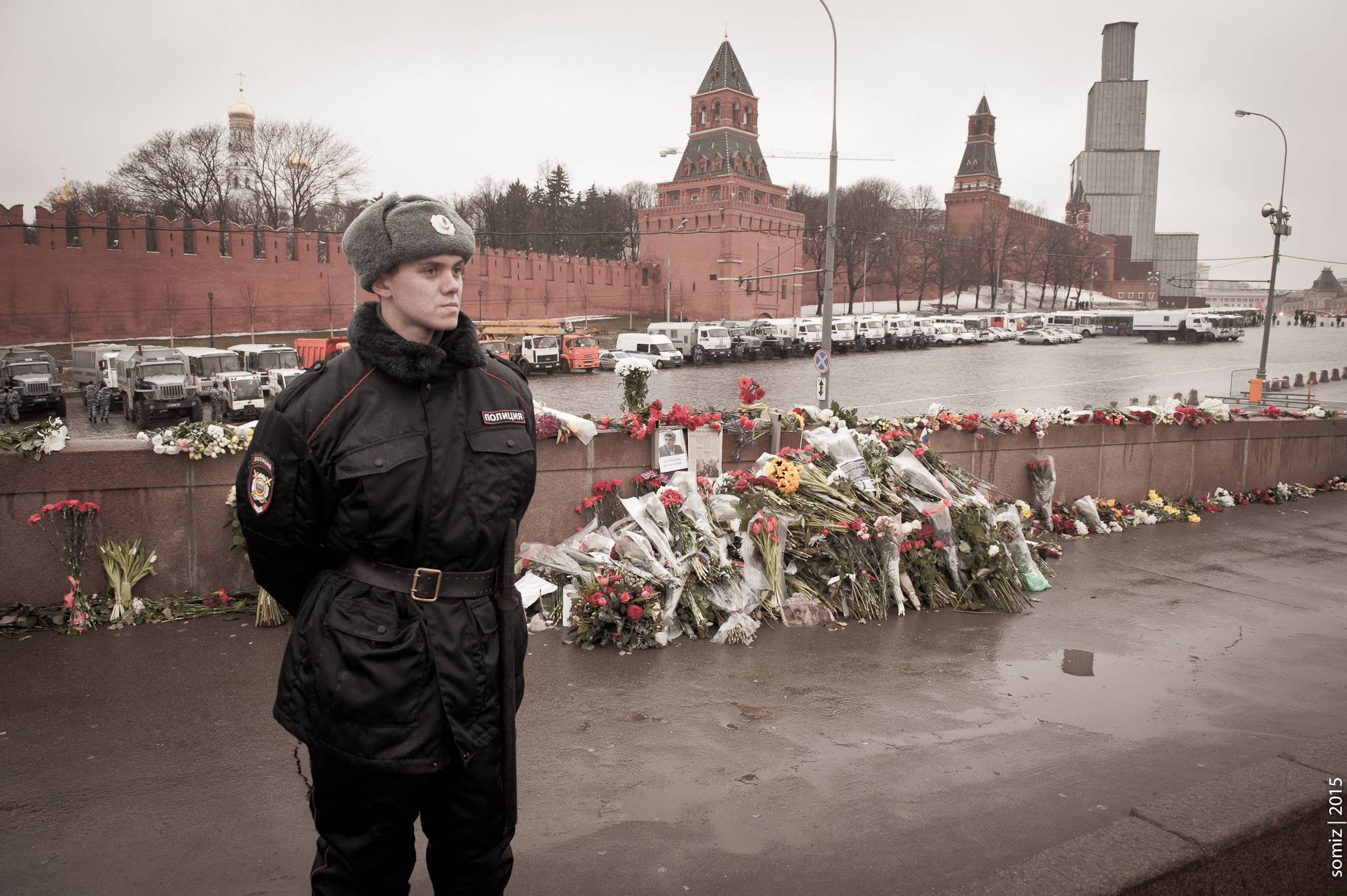 De nombreuses personnes ont rendu hommage à Boris Nemsov, assassiné près du Kremlin. Photo / Evgeniy Isaev