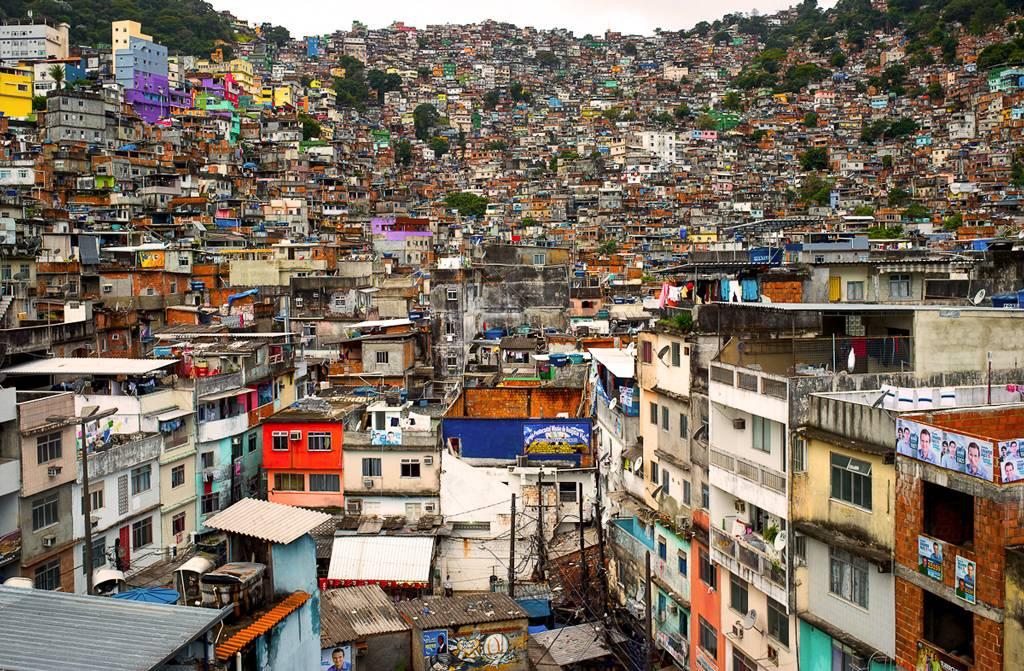 Brésil : Facebook s'installe pour aider la favela
