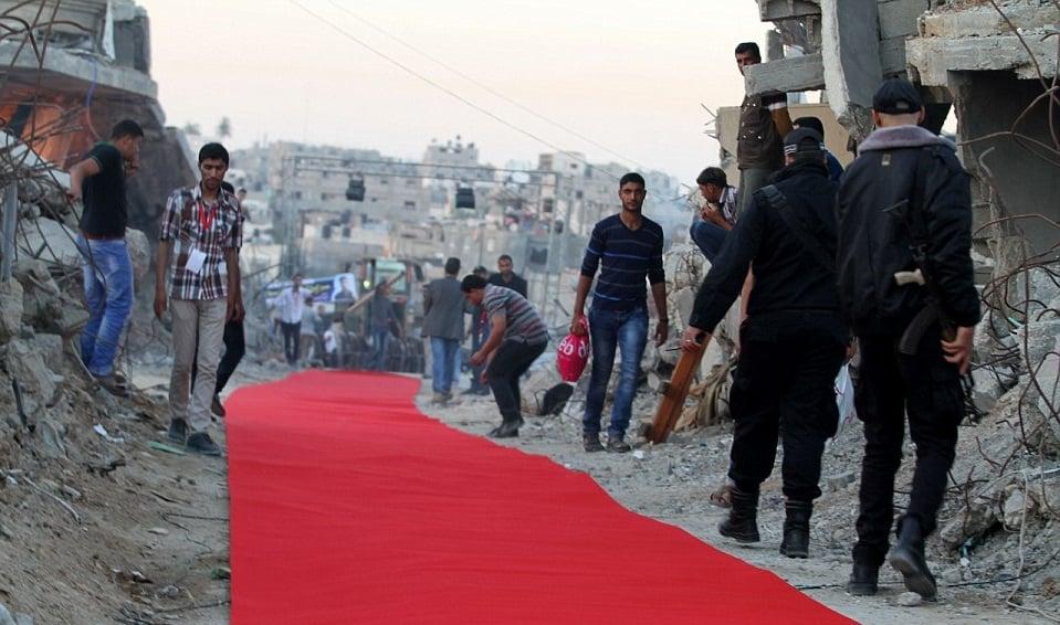 Le tapis rouge d'un festival de film à Gaza pour dénoncer la cruauté de la guerre